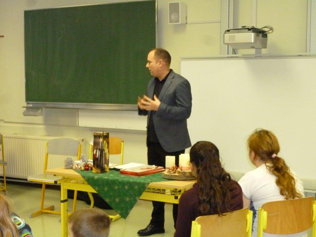 Begrüßung durch Dir. Klaus Wechselberger